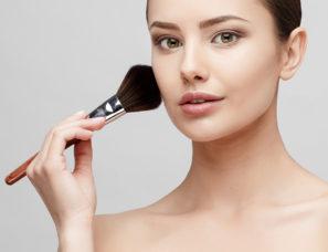 Schönheitsbehandlungen im Kosmetikstudio, Gioia Schuster