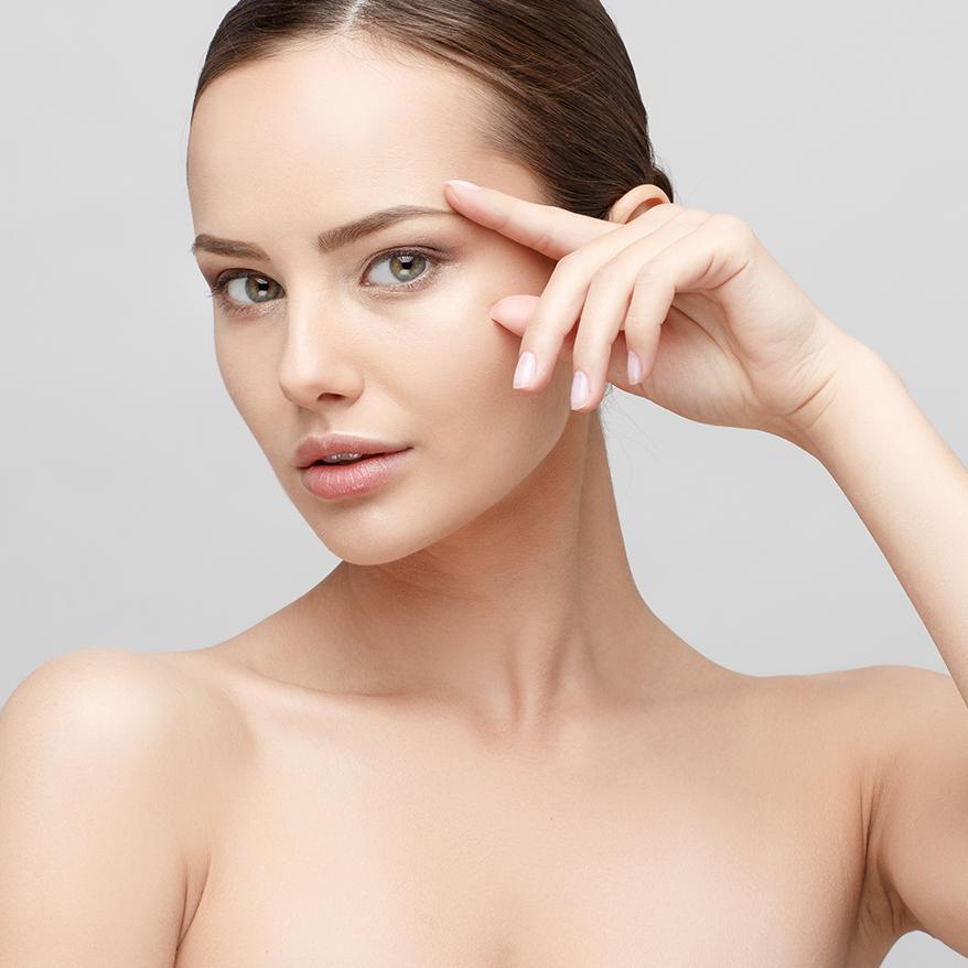 Spezialbehandlungen im Kosmetikstudio, Gioia Schuster
